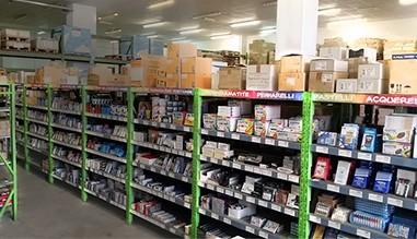 Arcoiris Multimedia srl. Ingrosso cancelleria, scuola, ufficio e cartoleria.